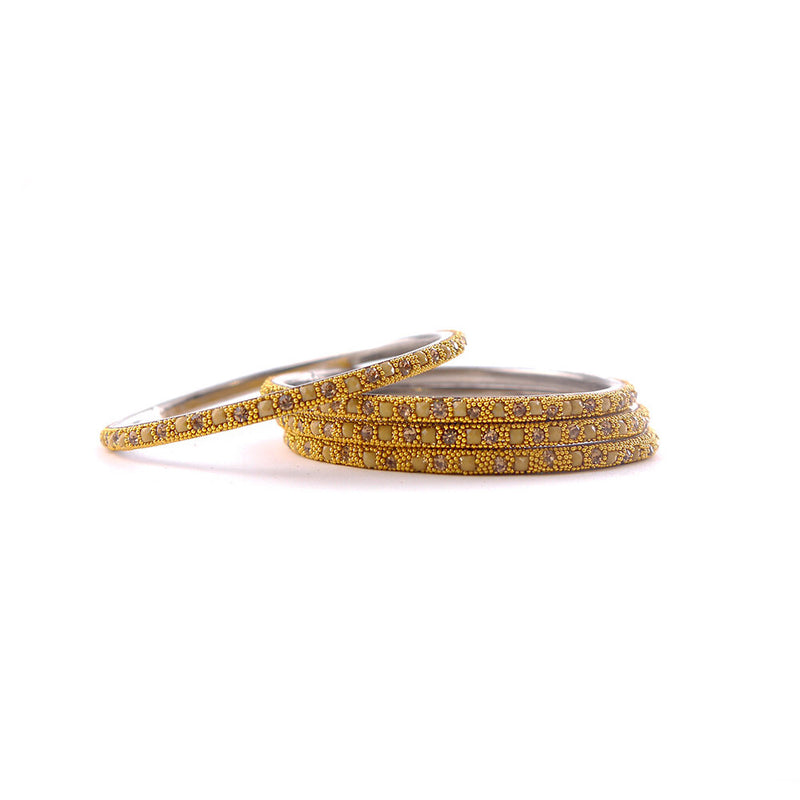 Cream Lakh Bangle Set