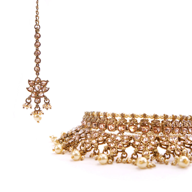 Ashni Bridal Necklace Set in Pearl