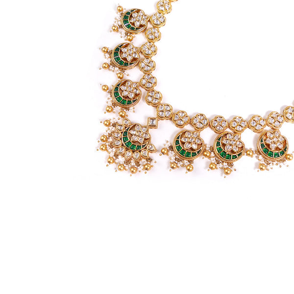 Chaand Necklace Set in Kundan