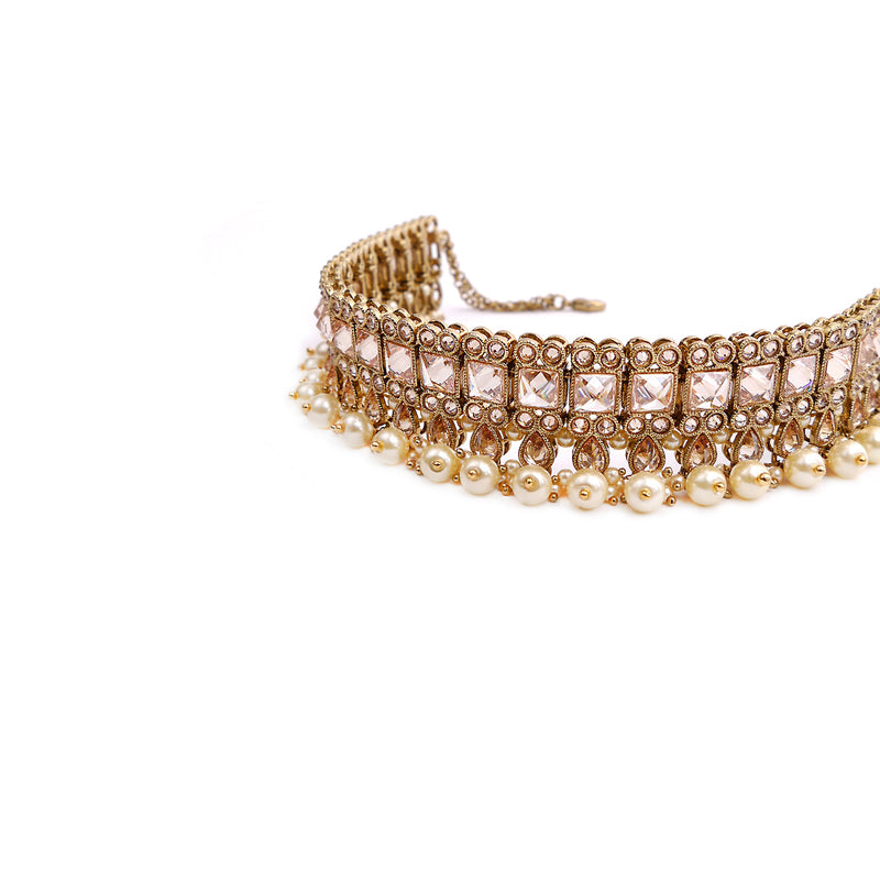 Larisa Choker Set in Pearl and Antique Gold