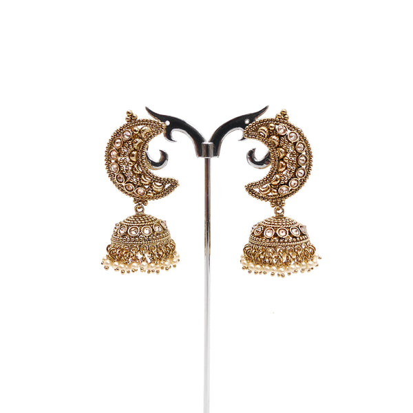 Chaand Jhumka Earrings in Pearl