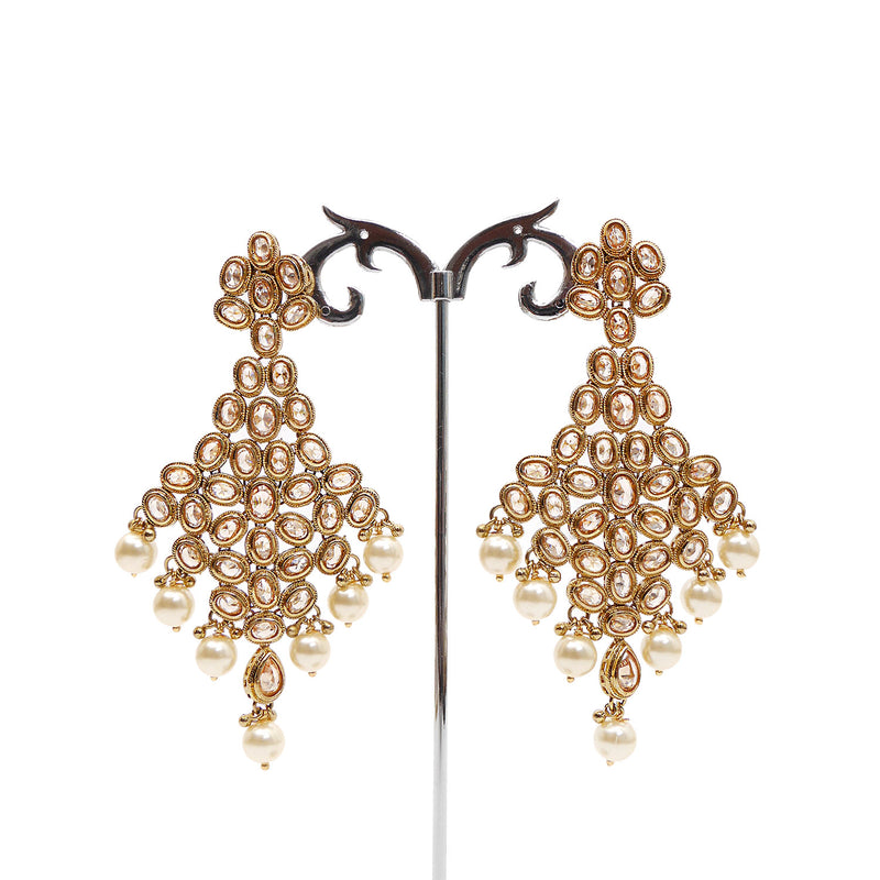 Chandelier Oval Long Earrings in Gold