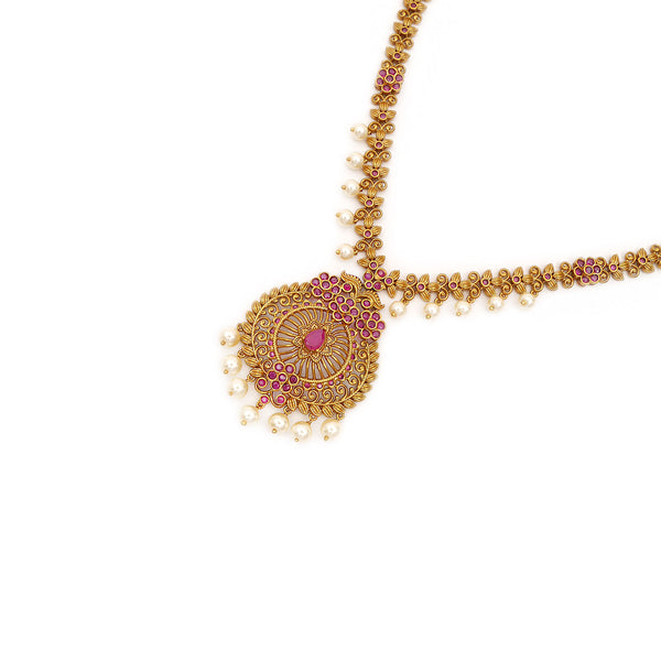 Arasi South-Indian Necklace Set in Ruby