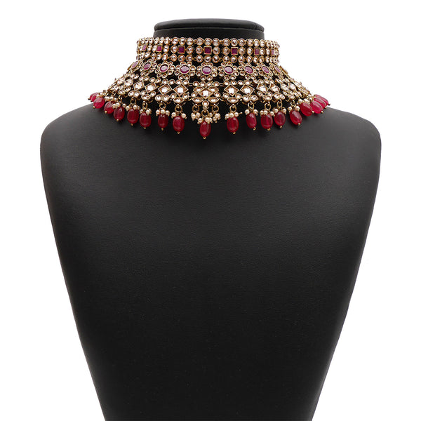 Nyra Bridal Necklace Set in Ruby