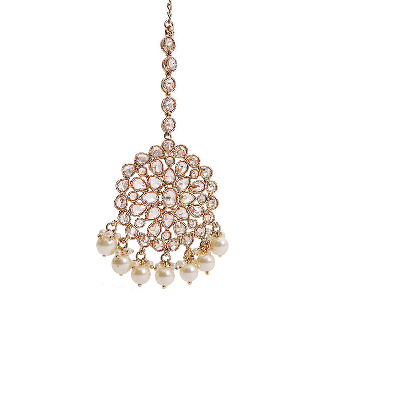 Shella Round Tikka in Pearl and Antique Gold