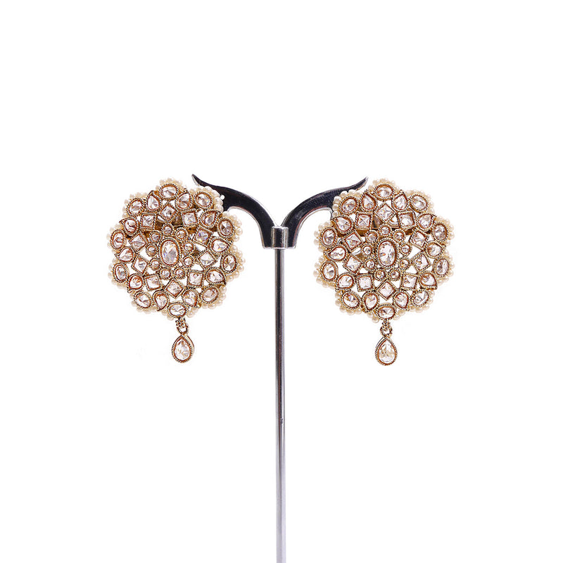 Anala Earrings in Pearl and Antique Gold