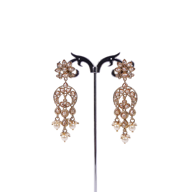 Ariyah Earrings in Pearl and Antique Gold