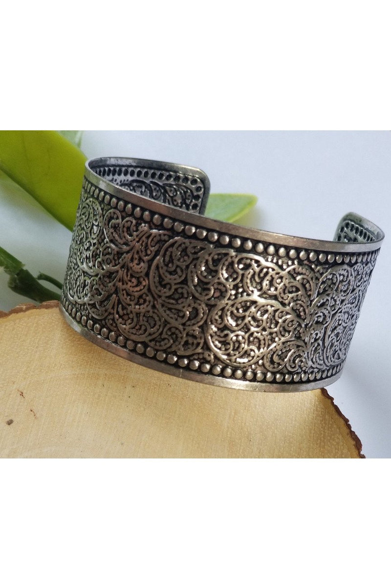 Filigree cuff bracelet in silver