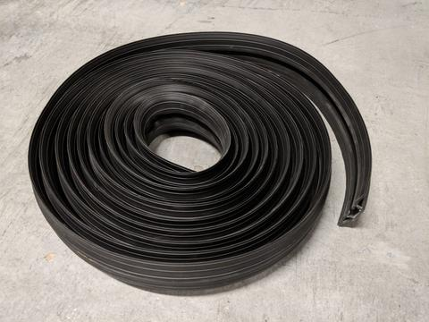 R634 - Hose and Cable Ramp