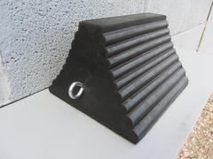 R136 - Vehicle Wheel Chock