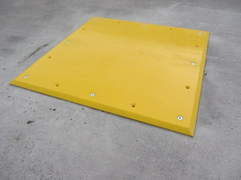 R084 Trailer Plate (1000 x 1000 x 20 mm)