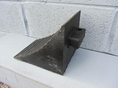 R141 - Vehicle Wheel Chock
