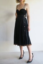 Load image into Gallery viewer, 1990s Linen Pleat Skirt