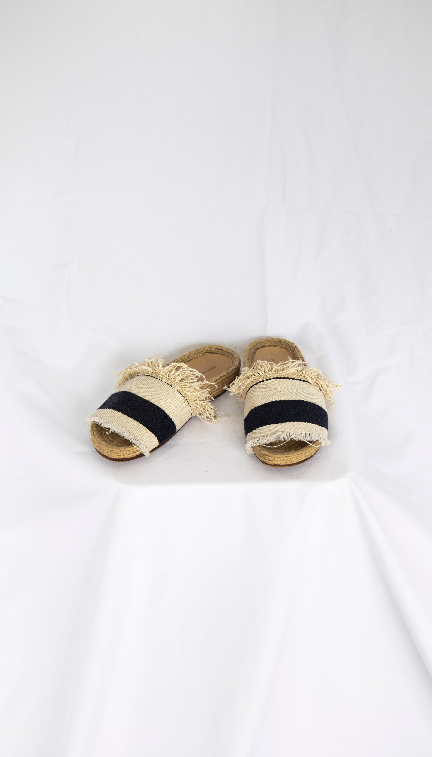 Estilo Emporio Cloth Frayed Slide