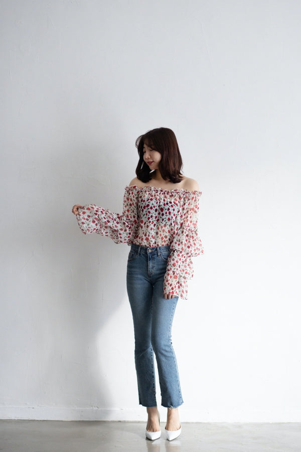 Tulip Off shoulder Blouse