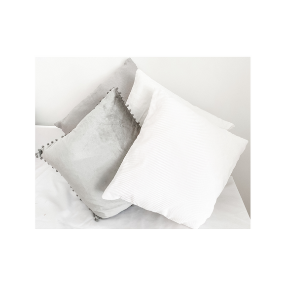 SELECTION OF GREY/WHITE CUSHIONS