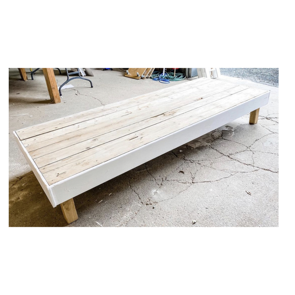 EXTRA LARGE LOW TABLE