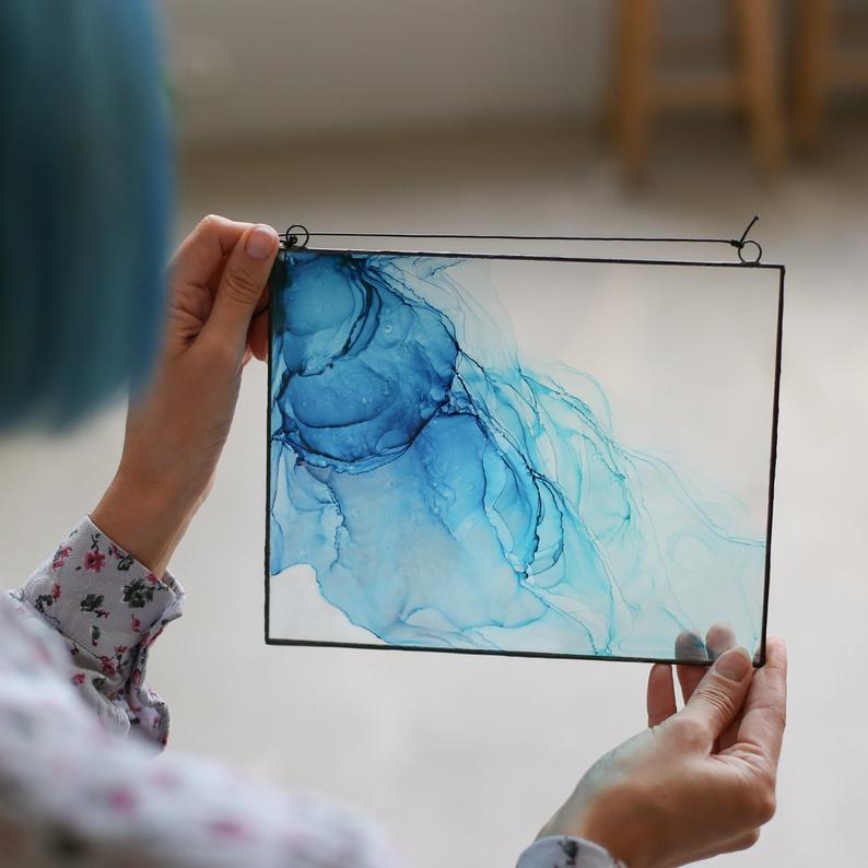 painting alcohol ink on glass