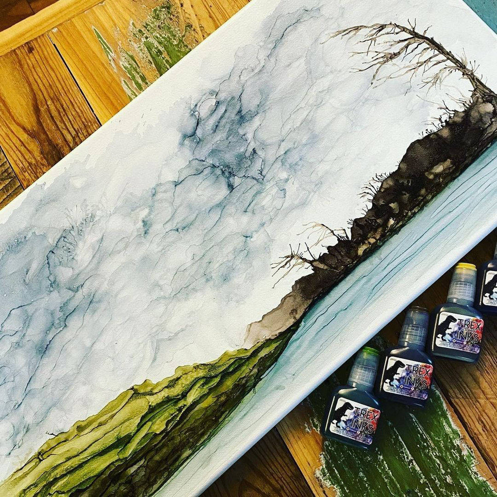 painting alcohol ink on canvas