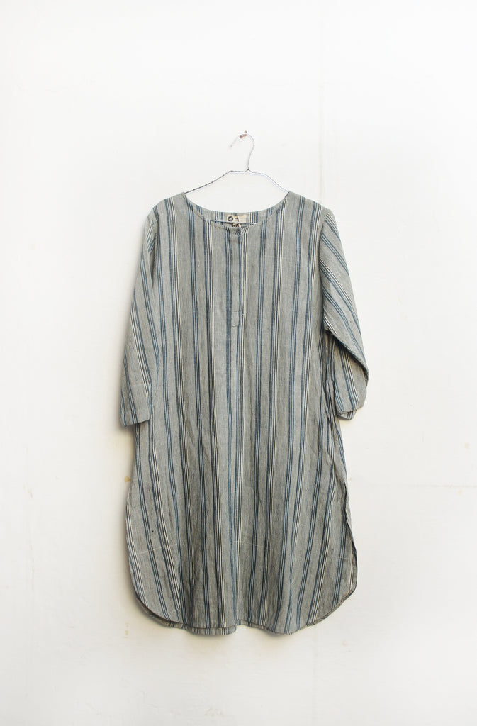 Handwoven Blue Striped Cotton Round Neck Kurta