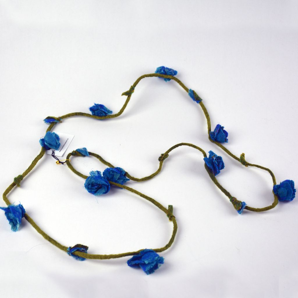 Felt Flower Necklace - Blue Roses