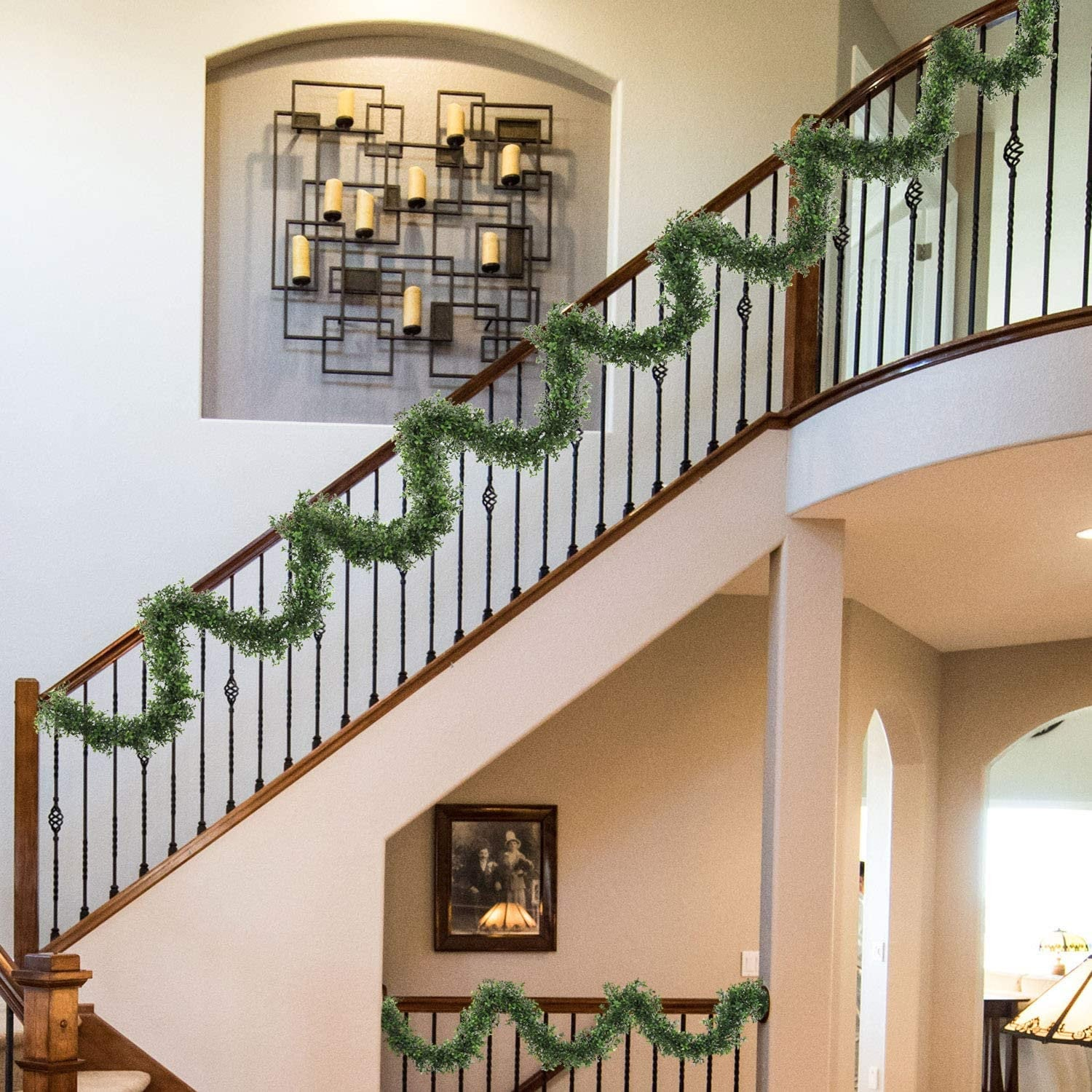 9' Boxwood Garland