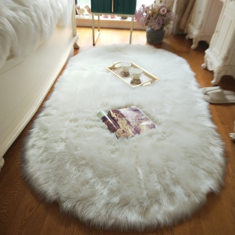 Deluxe Fine and Soft Faux Sheepskin Rug_White