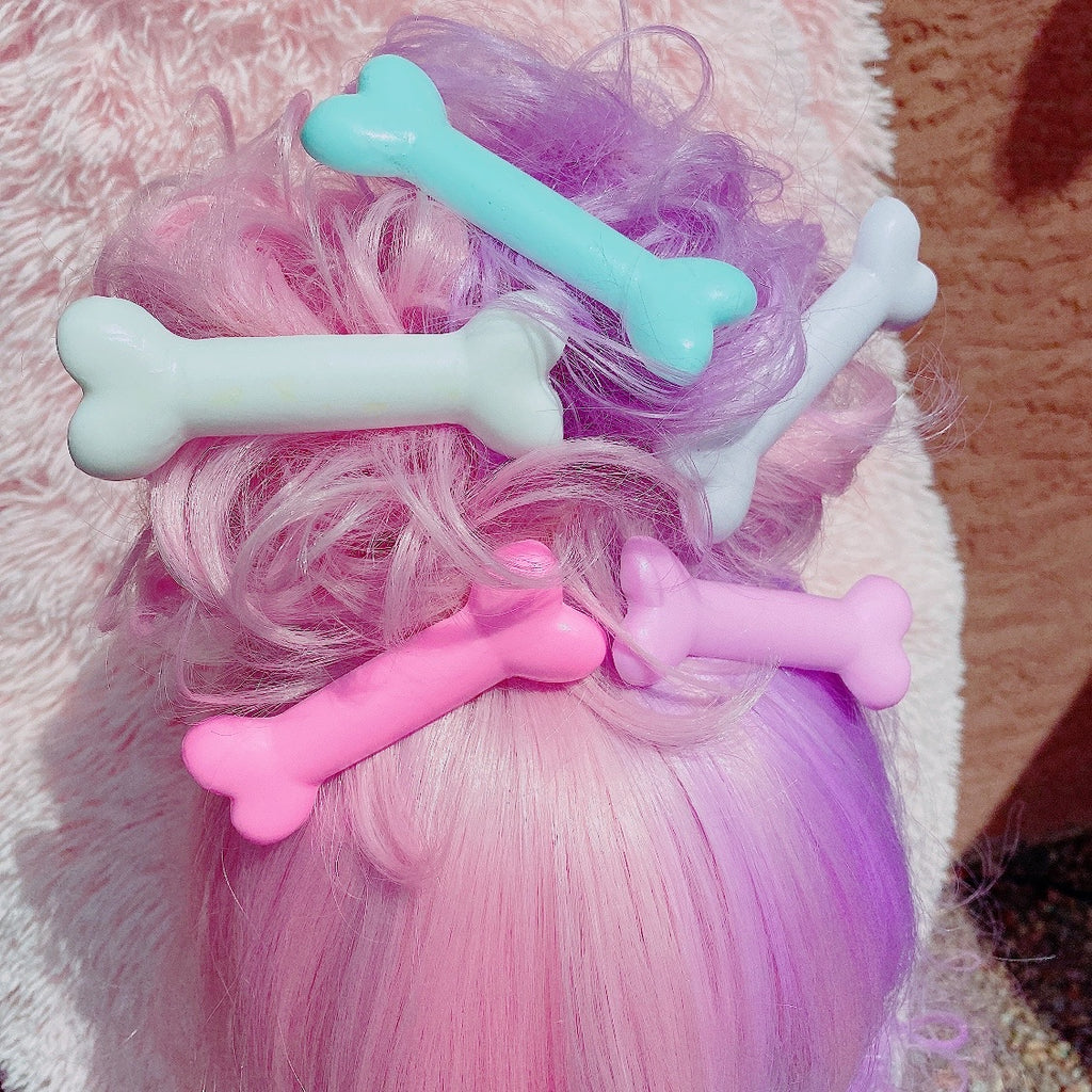 Mini Kawaii creepy cute pastel goth bone hair clips pastel Halloween