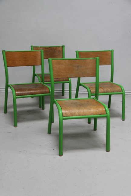 4 children's chairs