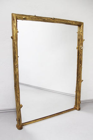 Naturalistic mirror