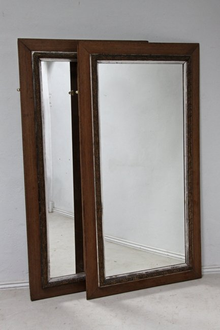Pair mirrors (can be sold separately)