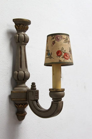 Single painted wall light