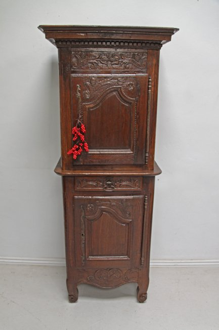 18th century carved oak cupboard