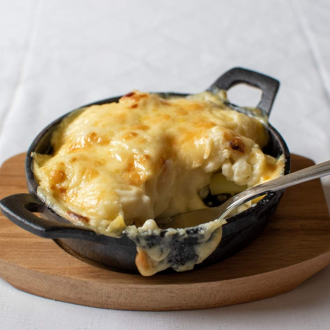 4 cheese cauliflower gratin (V)