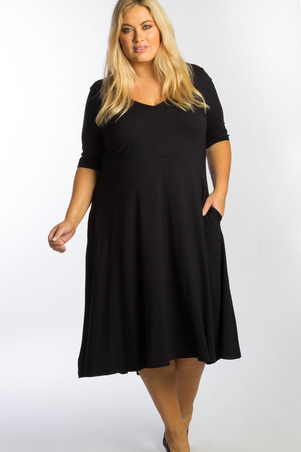 I Put A Spell On You Dress - Black