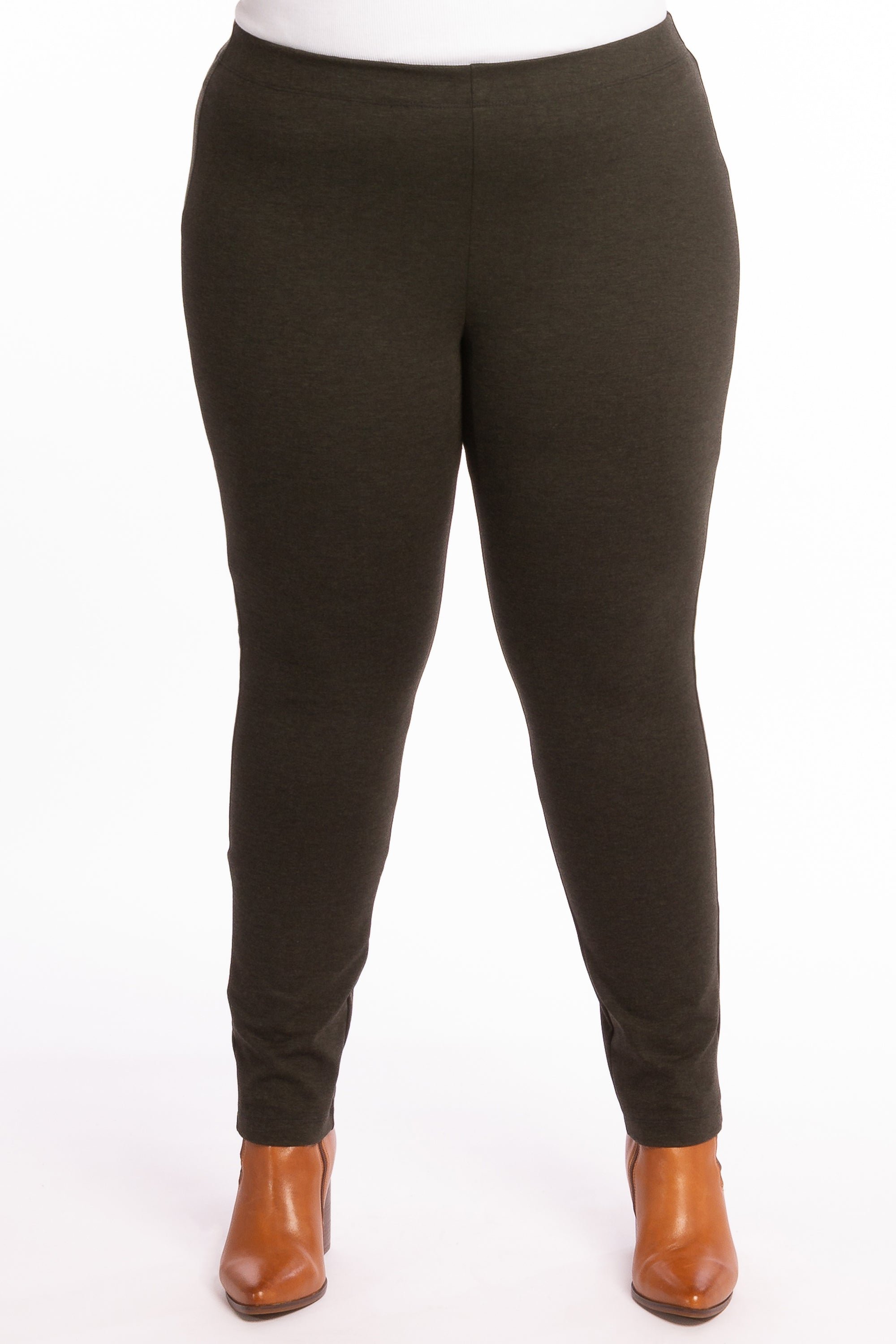 The Essential Ponte Legging - Olive