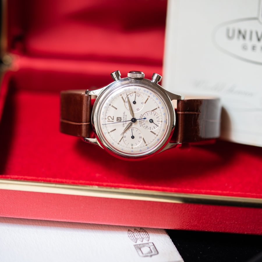 Uninversal Geneve Compax 22295 Box and Papers