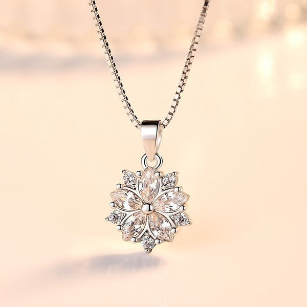 Crystal zircon flower pendant necklace
