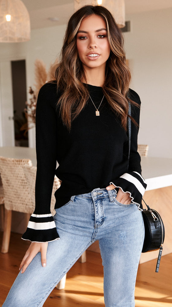 Hold Me Tight Knit Top - Black