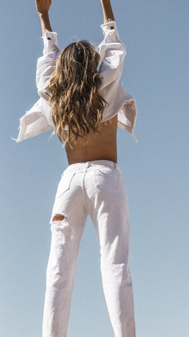 Back it Up Mom Jeans - White