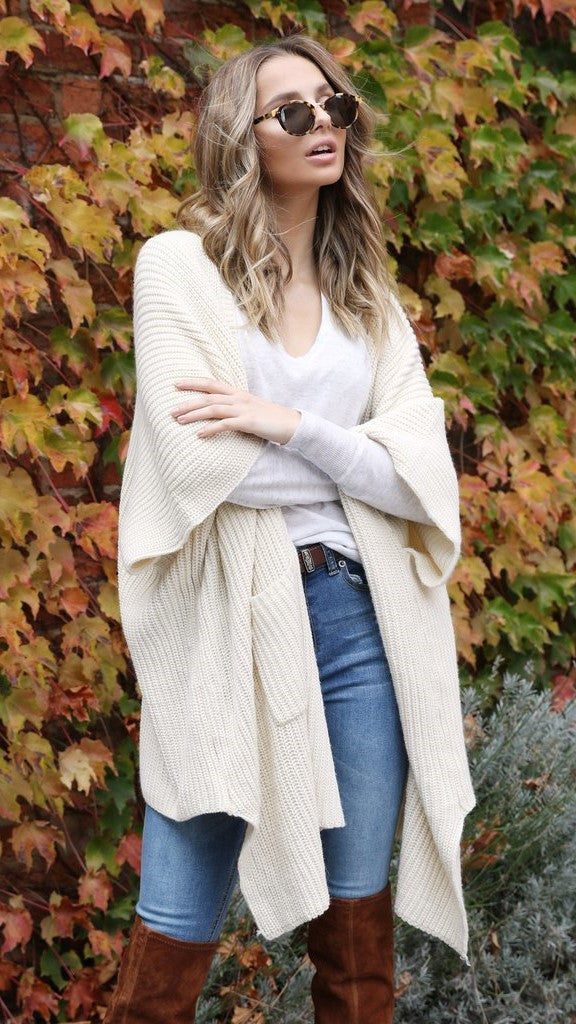 Hanging Out Cardigan - Cream
