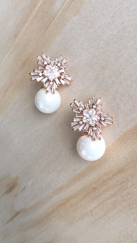 Pearl Drop Earrings - Rose Gold