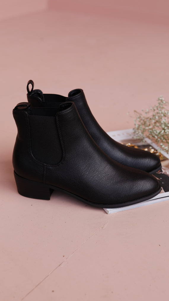 Zola Boots - Black