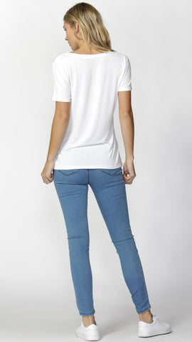 Manhattan V Neck Tee - White