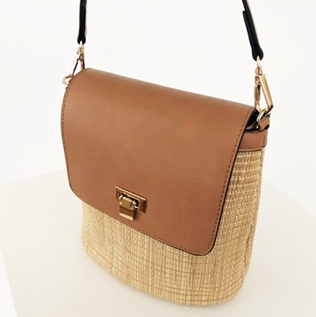 SMOOTH FOLD OVER WOVEN BUCKET BAG - Tan