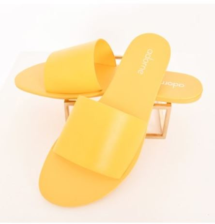 Madrid Essential Slides - Yellow