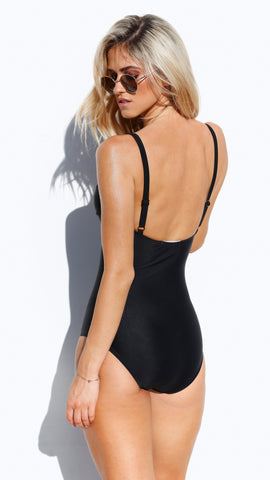 Revolve One Piece - Black
