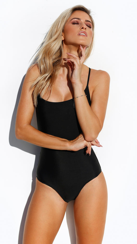 Rio One Piece - Black