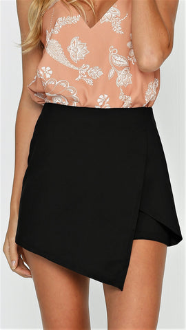 LILY WRAP SHORT - BLACK