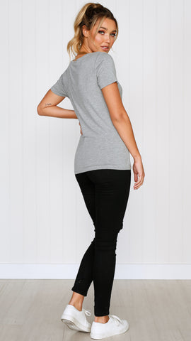 Manhattan V Neck Tee - Grey